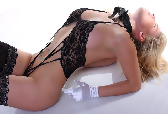 erotické prádlo na ženě