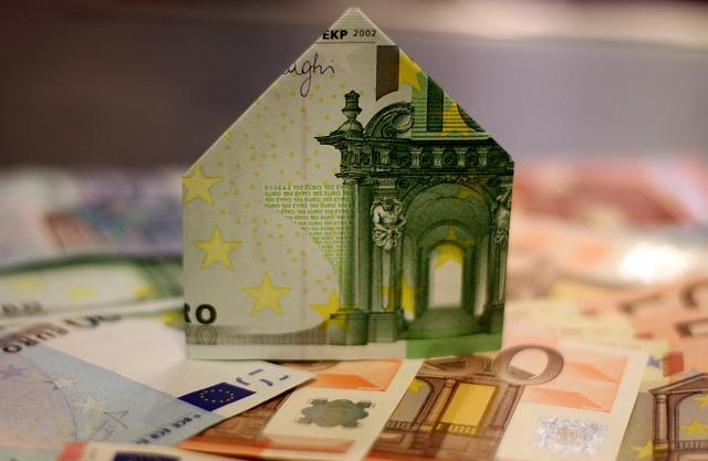 domek z bankovky