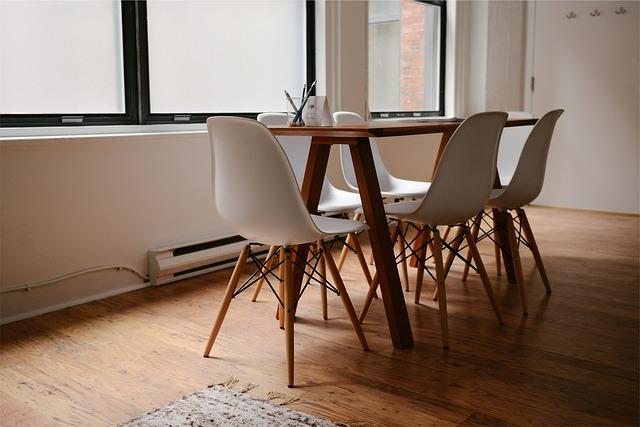 stůl pro šest